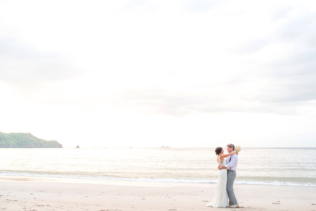 costa rica beach wedding