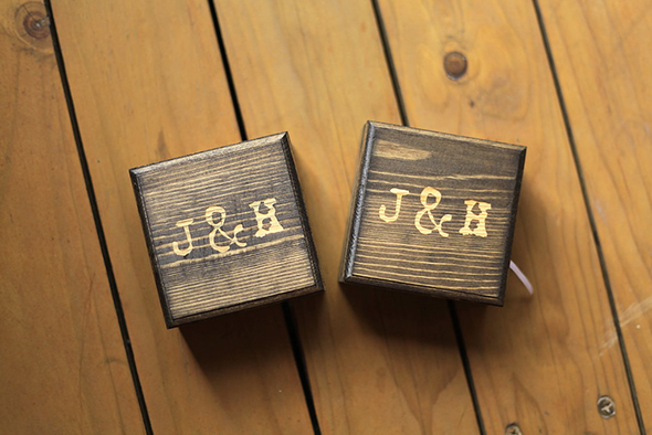 custom-wedding-ring-boxes