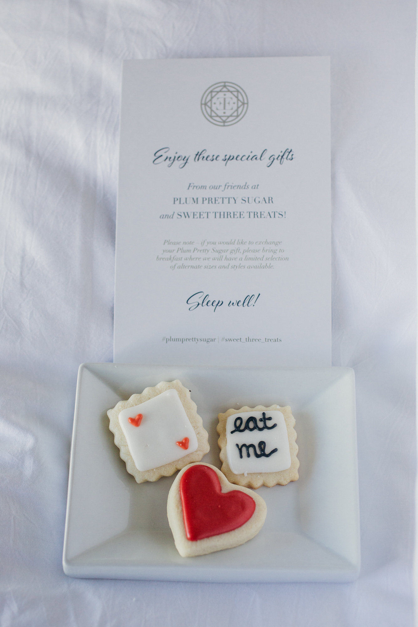 wedding cookie favors