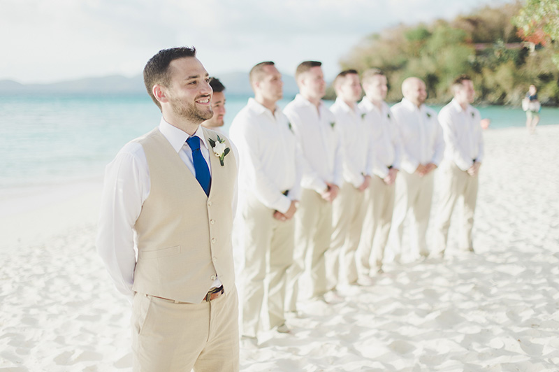 beach-wedding-groom-suit