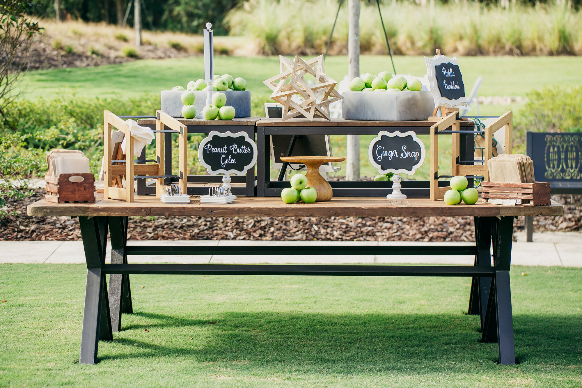 Outdoor Wedding Ideas From Engage!15