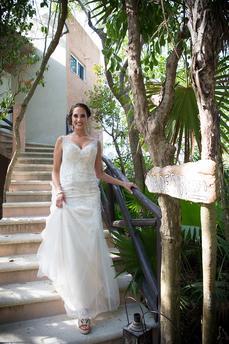 destination-wedding-dress