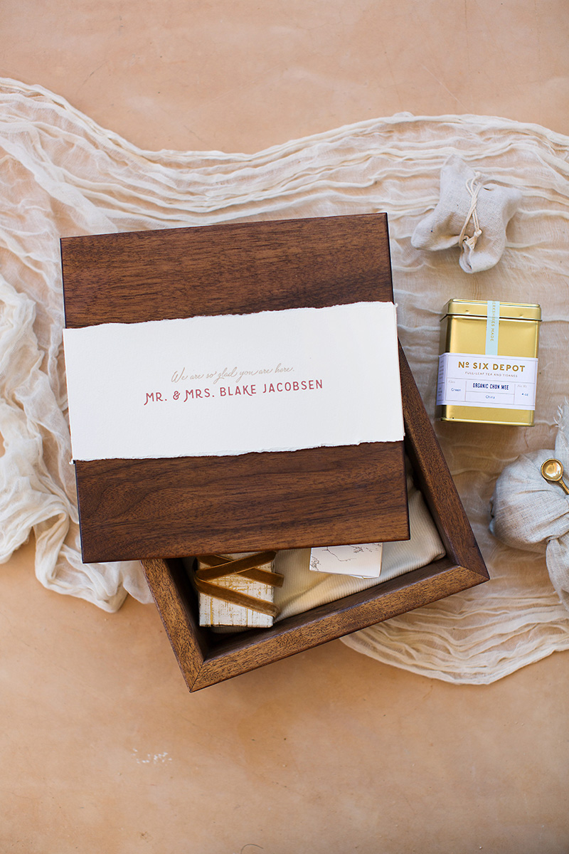 destination-wedding-welcome-box