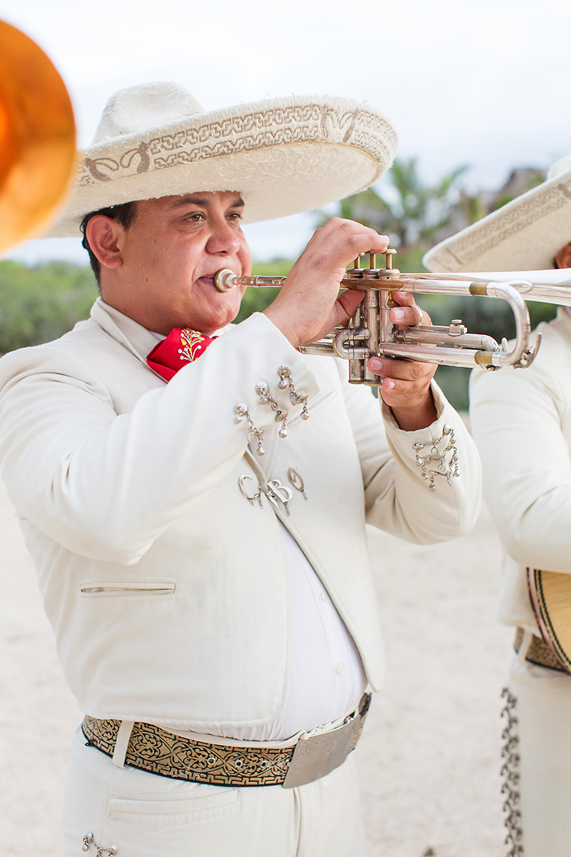 mariachi-weddings