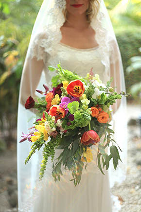 tropical-bridal-bouquets