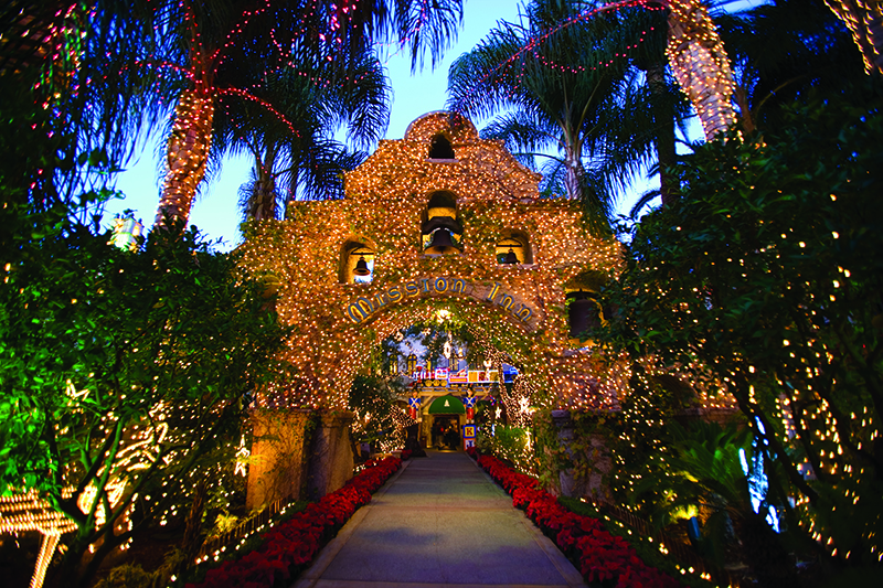 Festival of Lights_The Mission Inn Hotel & Spa_Front Entrance