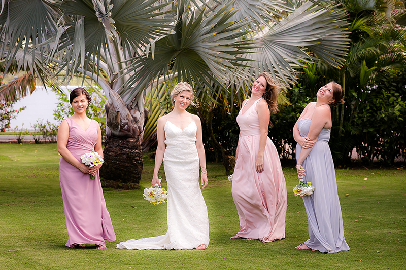 pale-bridesmaids