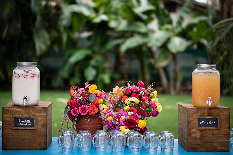bright-colorful-wedding-flowers