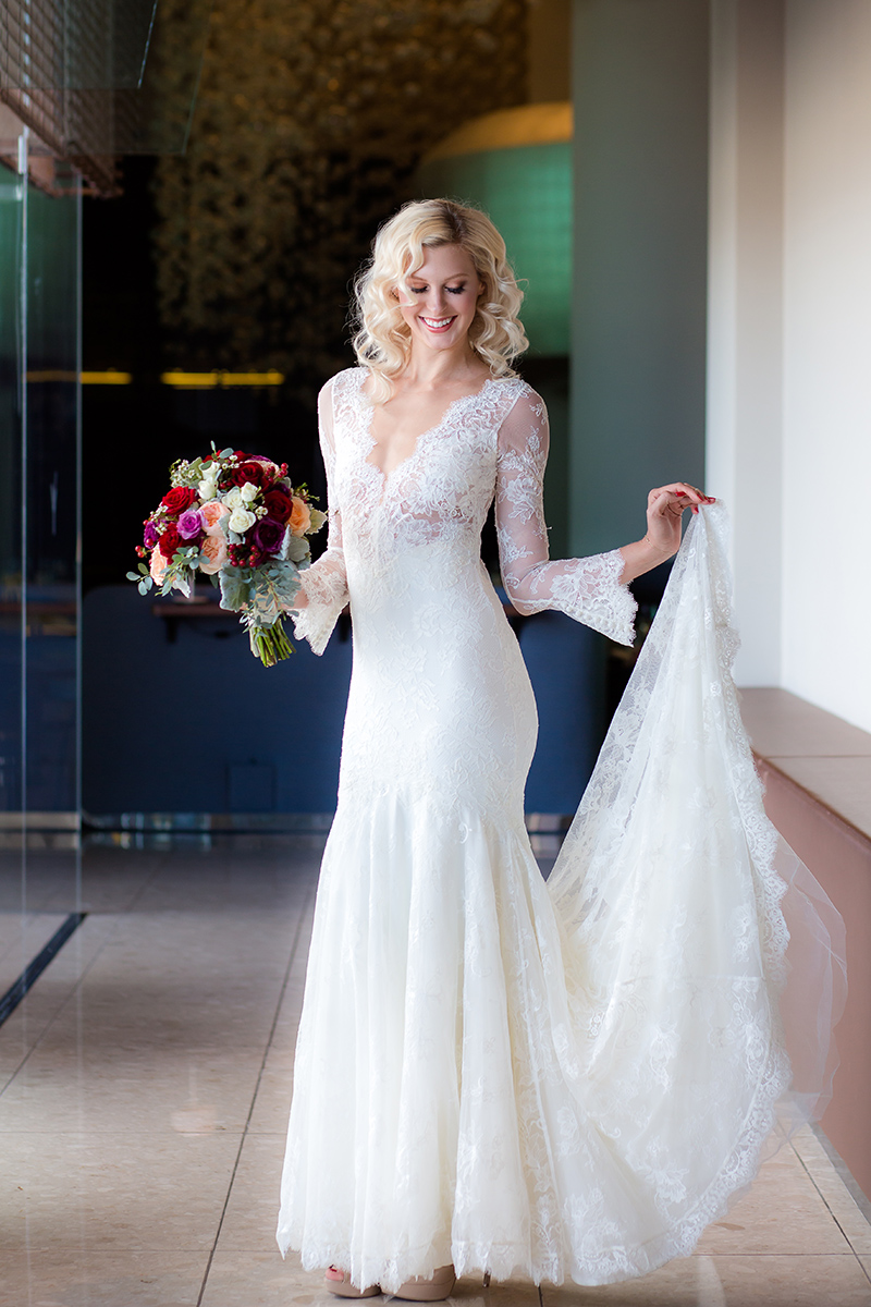 v-neck-wedding-dress