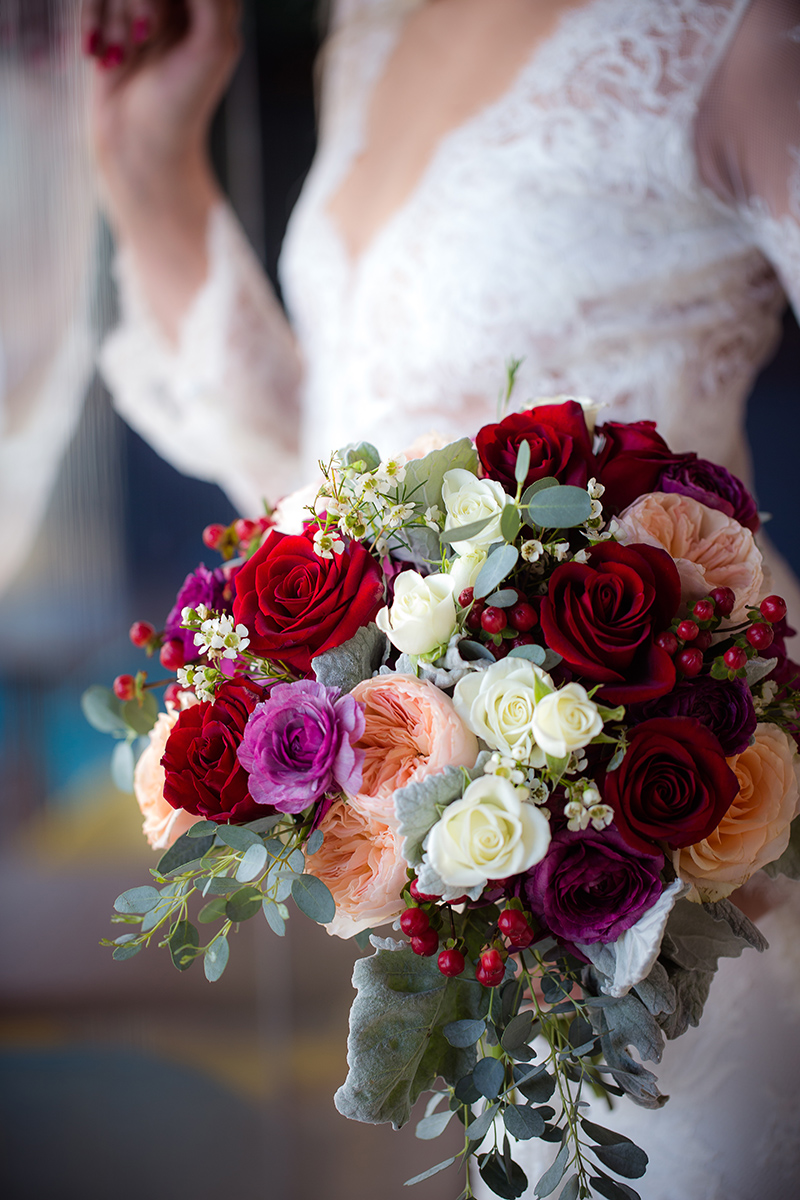 glam-bridal-bouquet