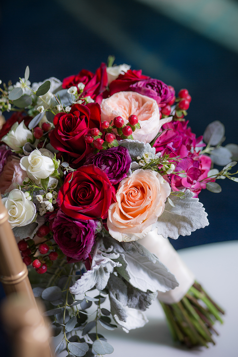 glam-wedding-bouquets