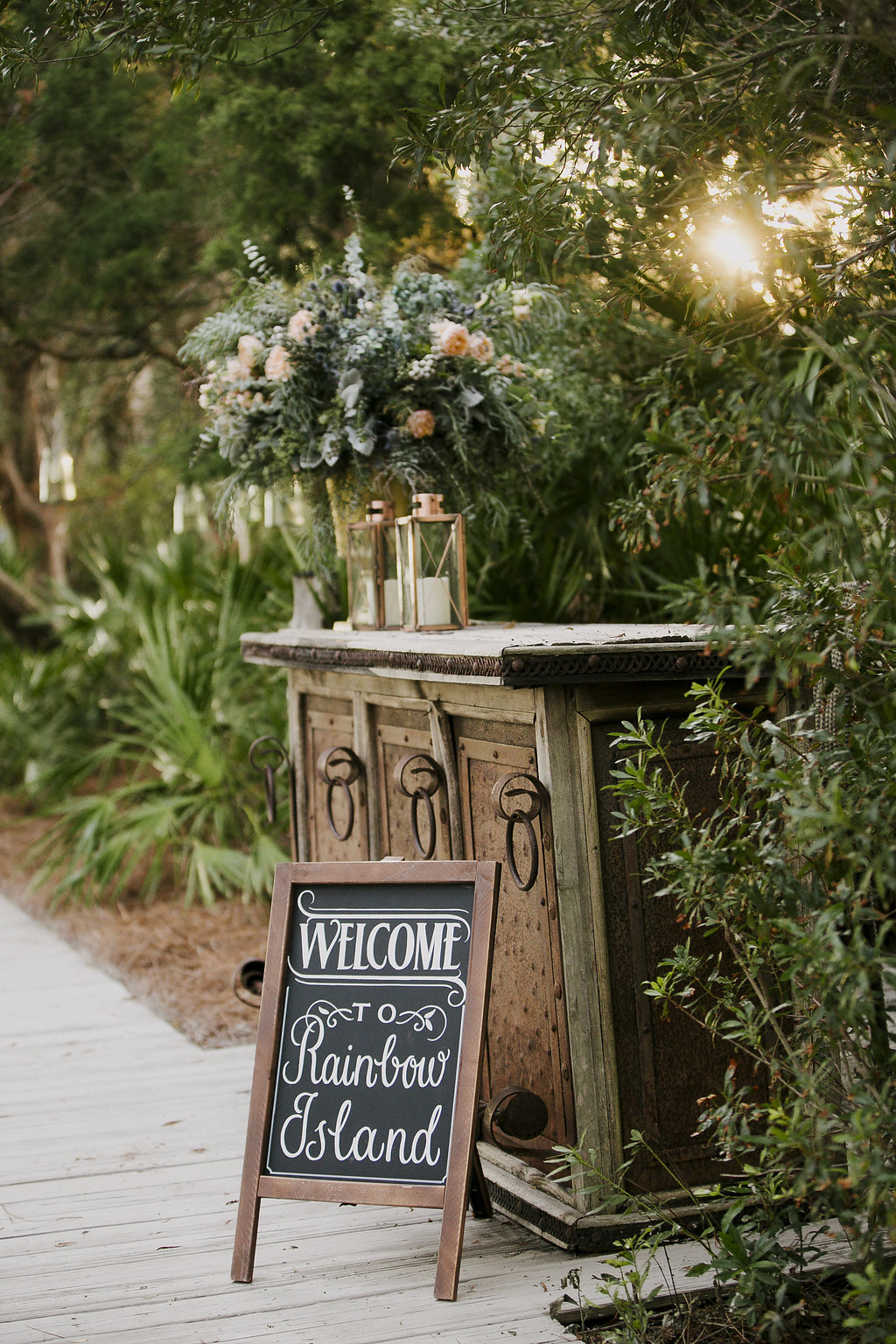 chalkboard-wedding-signs