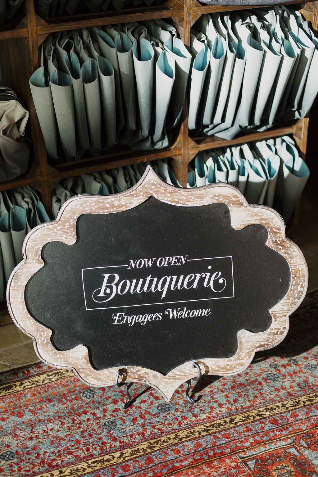 unique-wedding-signs