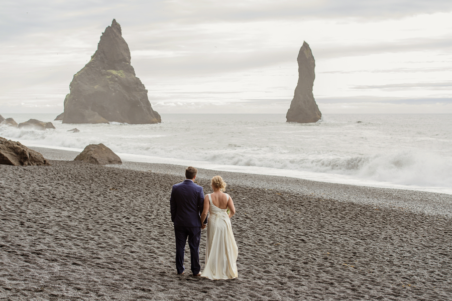Ryan_Anderson_YourAdventureWedding_IcelandWeddingKL455_low