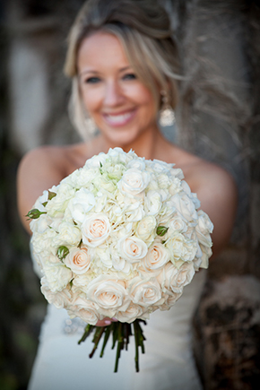 white bridal bouquet2 An Intimate Destination Wedding in Maui, Hawaii